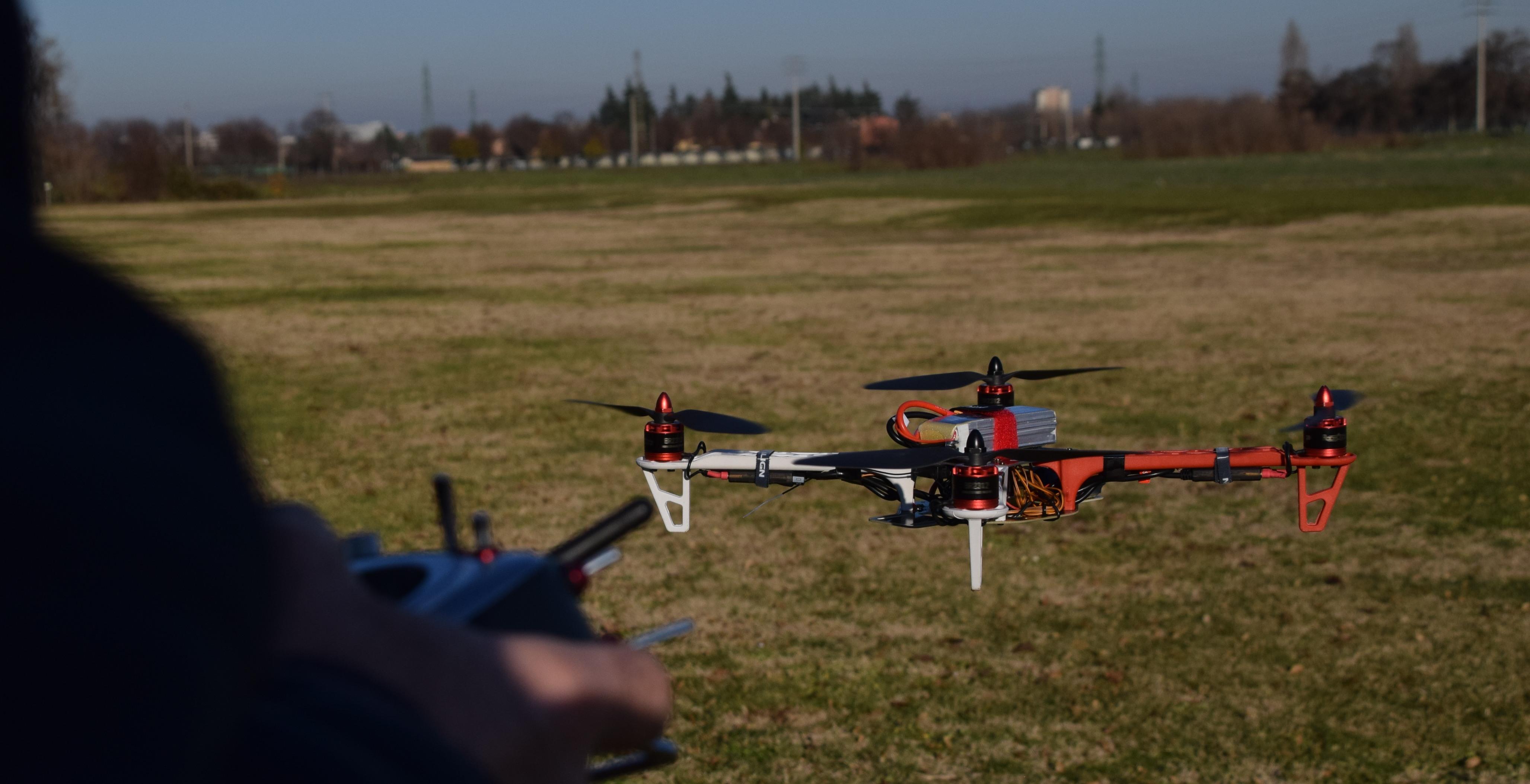 Droni autocostruiti